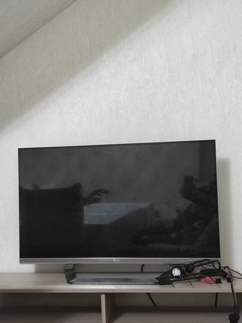 На запчасти lg телевизор
