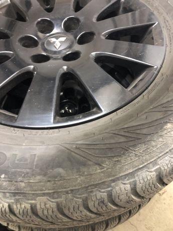 Джанти с гуми 18ки Митсубиши паджеро4