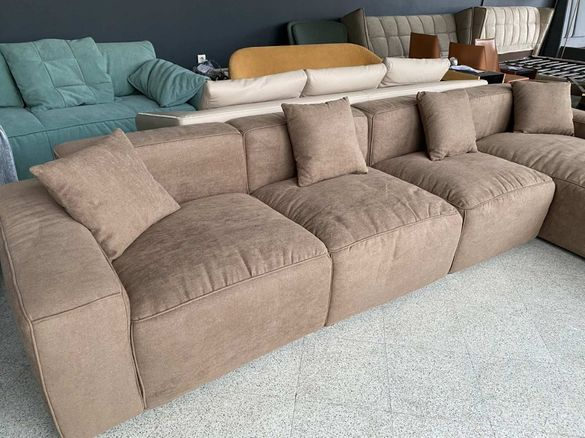 Бежов диван десен ъгъл 3.60м 3+1