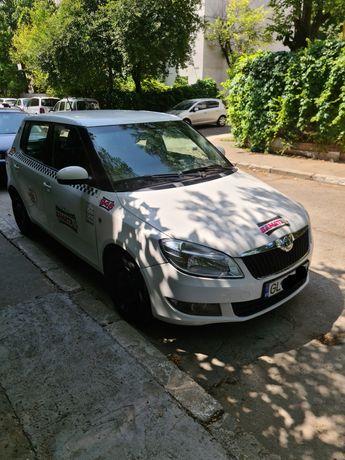 Vand taxi cu licentă sau licenta separat