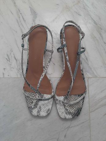 Sandale Reserved 38 cu toc mic comod imitatie din piele de sarpe