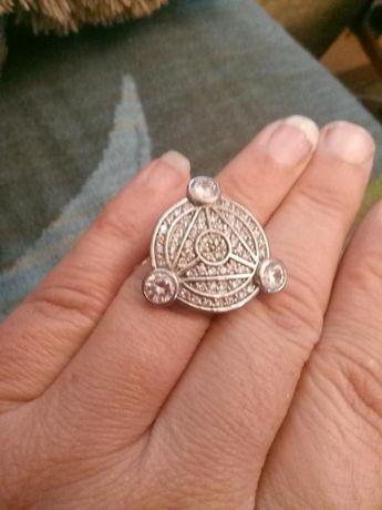 Уникален сребърен пръстен