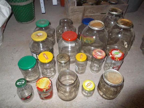Стъклени буркани шишета бутилки