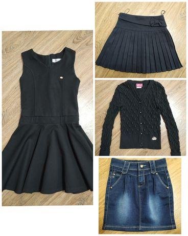 Продается школьный сарафан, кофта,  школьная юбка, джинсовая юбка.