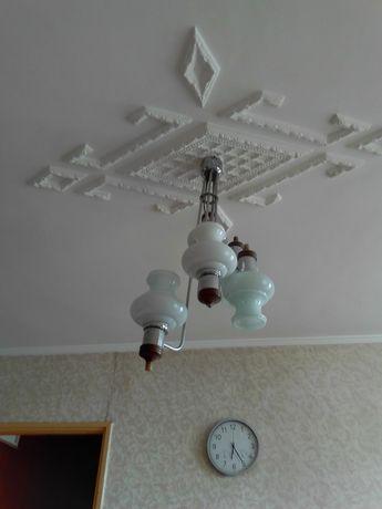 Полилей за таван