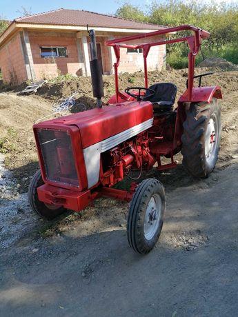 Tractor internațional 353 și fiat415