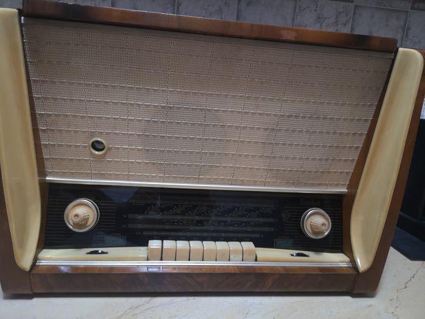 Radio pick up rusesc