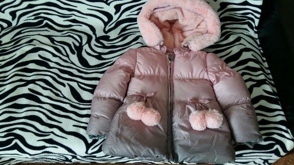 Детско яке в много добро състояние дължина 44см ширина 32см ръкав 44см