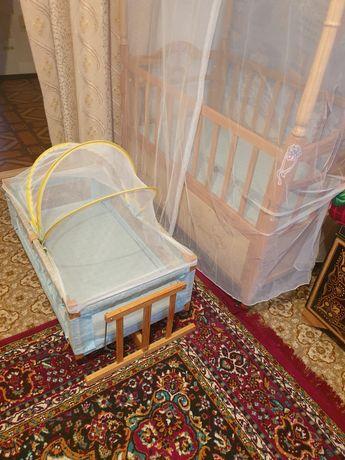 Кровать детский с качалкой