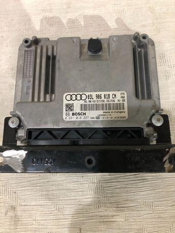 Audi Q3 8U-компютър за двигател/03L906018CN/