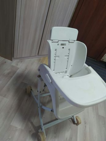 Продам детский стул для кормления