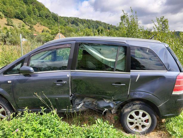 Opel zafira pentru dezmambrari