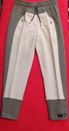 Adidas оригинално долнище, спортен панталон