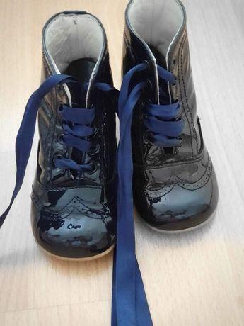 Осенняя обувь для принцесс.
