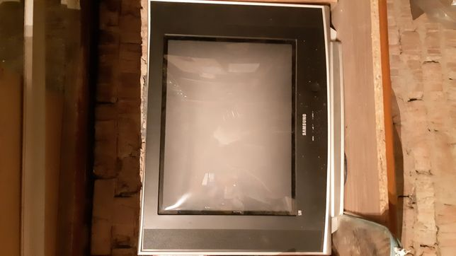 Продам телевизор ,нужно припаять разъём антенны читайте внимательно