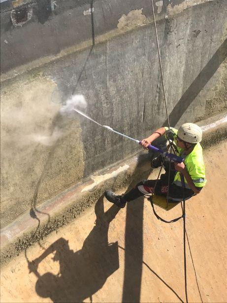 Servicii de hidrosablare, buciardare beton, hidrodemolare