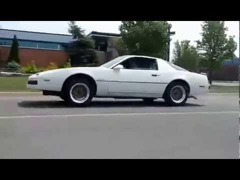 Продавам Pontiac Firebird на части