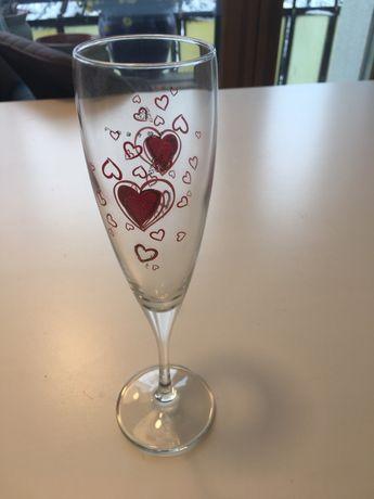 2 нови чашки