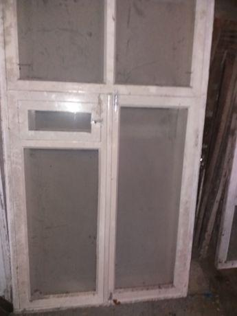 Окна б.у двойные со стеклами и решоки к ним 1.0х1.7