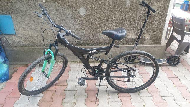 Bicicleta tip mountainbike