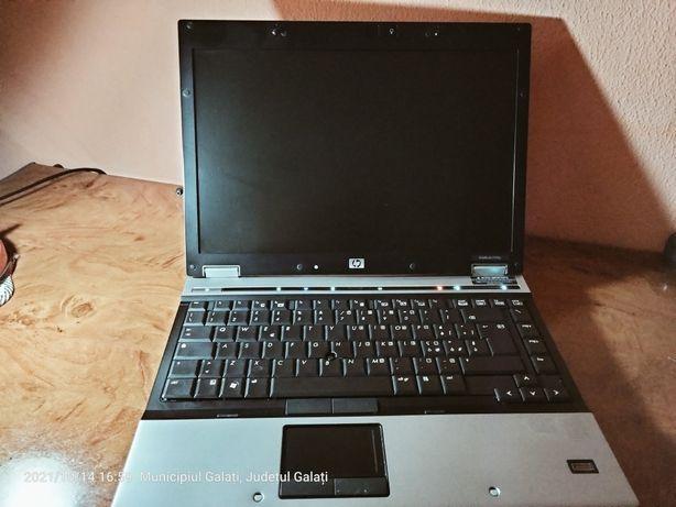 Vând Leptop HP culoare gri