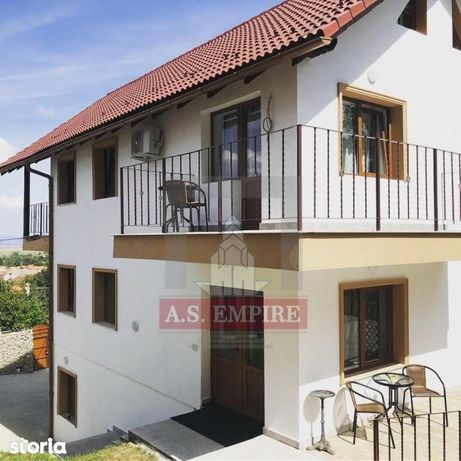 Casa villa (Pensiune)mobilata/utilata LUX-zona Baciu-Sacele