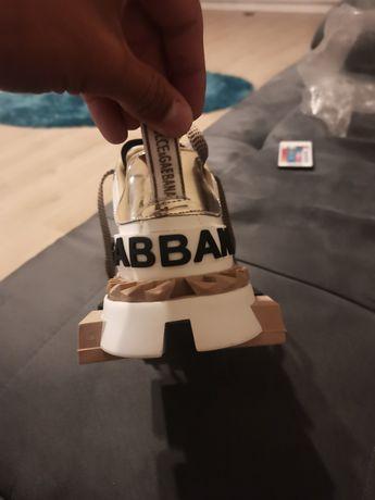 Vând adidași Dolce Gabbana