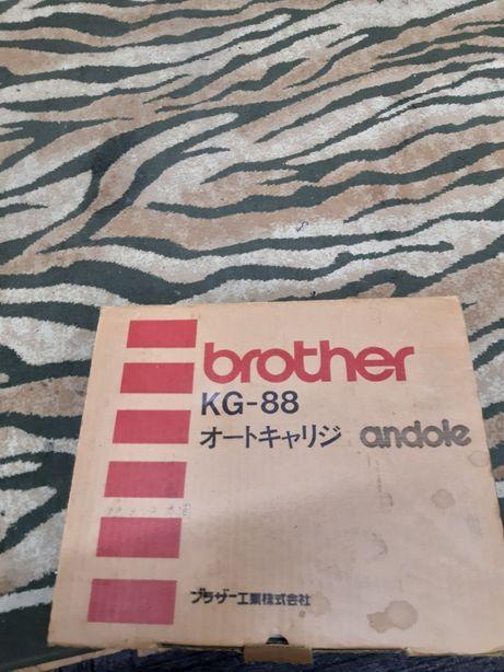 Вязальная машина Brother KG-88 робот-каретка