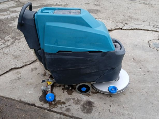Masina spalat pardoseli /2 acumulatori 110AH si incarcator