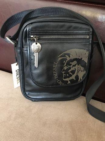 Стилна мъжка чанта Дизел (Diesel) от естествена кожа