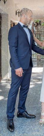 """Мъжки костюм с комплект аксесоари """"Ендрюс"""""""
