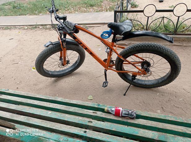 Продам велосипед   срочно отличное состояние можно обменять на телефон