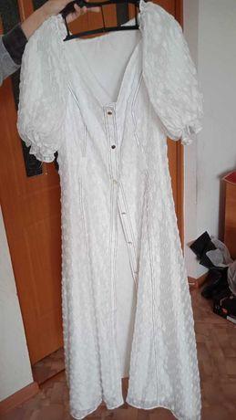 Продаю нежные платья хорошего качества
