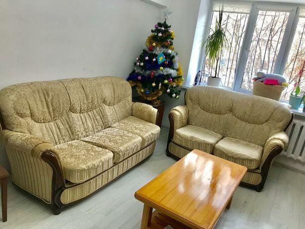 Комплект мягких диванов