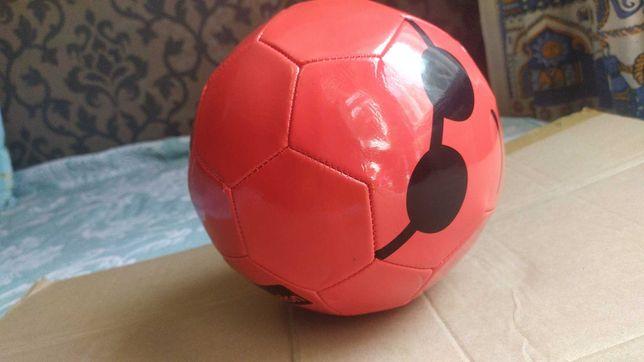 Мячик для игры в футбол, красный, детский