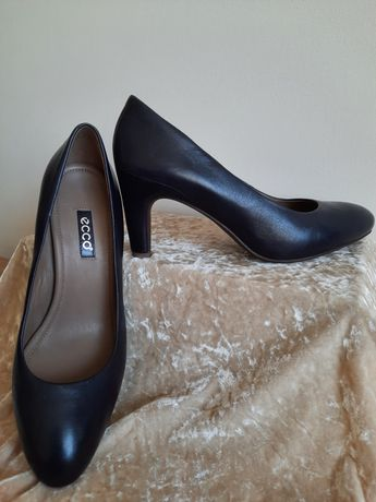 """Туфли модельные, натуральная кожа, размер 39,цвет черный  """"""""ECCO"""""""