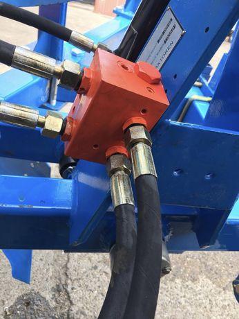 Distribuitor plug cilindru reversibil