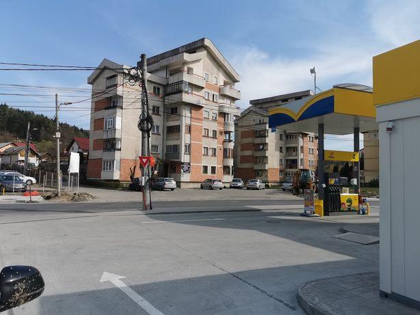 Închiriez Apartament 3 Camere Curtea de Argeș - Renovat - Nou