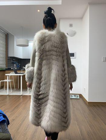 Продам шубу из арктической лисы