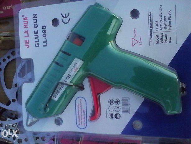 pistol pentru topit bare de silicon ( bare groase) alimentare: 220V,