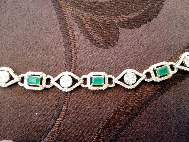Vand bratara aur cu diamante si smaralde