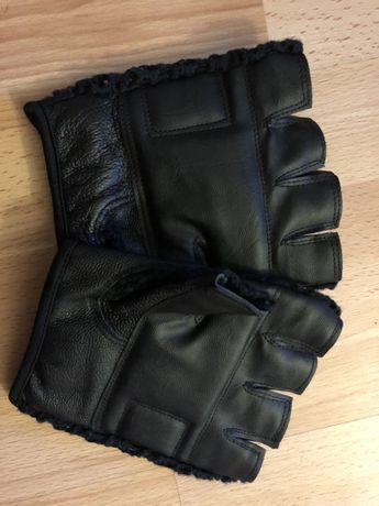 Vând mănuși din piele 100% pentru sport mărimea (L)