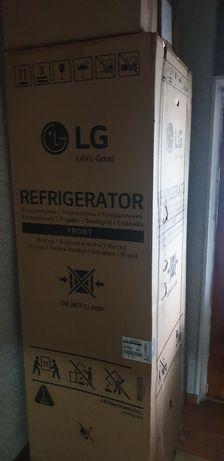 Холодильник новый LG