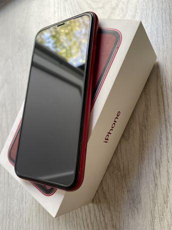 Продаю iphone XR 64ГБ