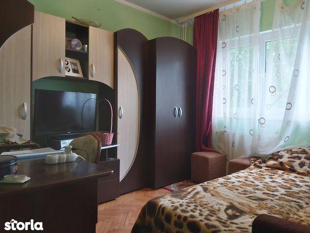 Oferta! Apartament Pb 3 camere, etaj 2, zona Decebal