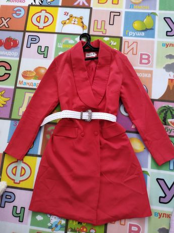 Продам платье пиджак