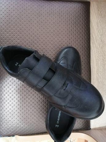 Vând pantofi sport mărimea 44 INEXTENSO calitate bună