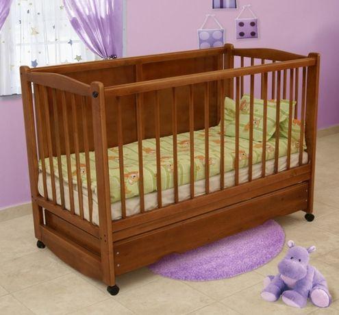 Децко легло на арбор