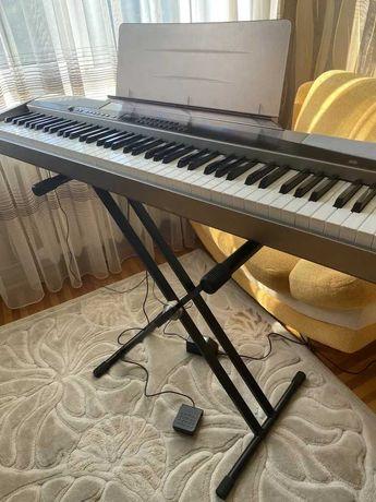 Цифровое пианино, фортепиано, пиано Casio PX-500L