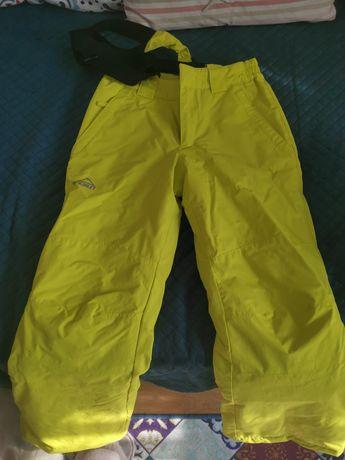 Pantaloni impermeabili 9-10ani